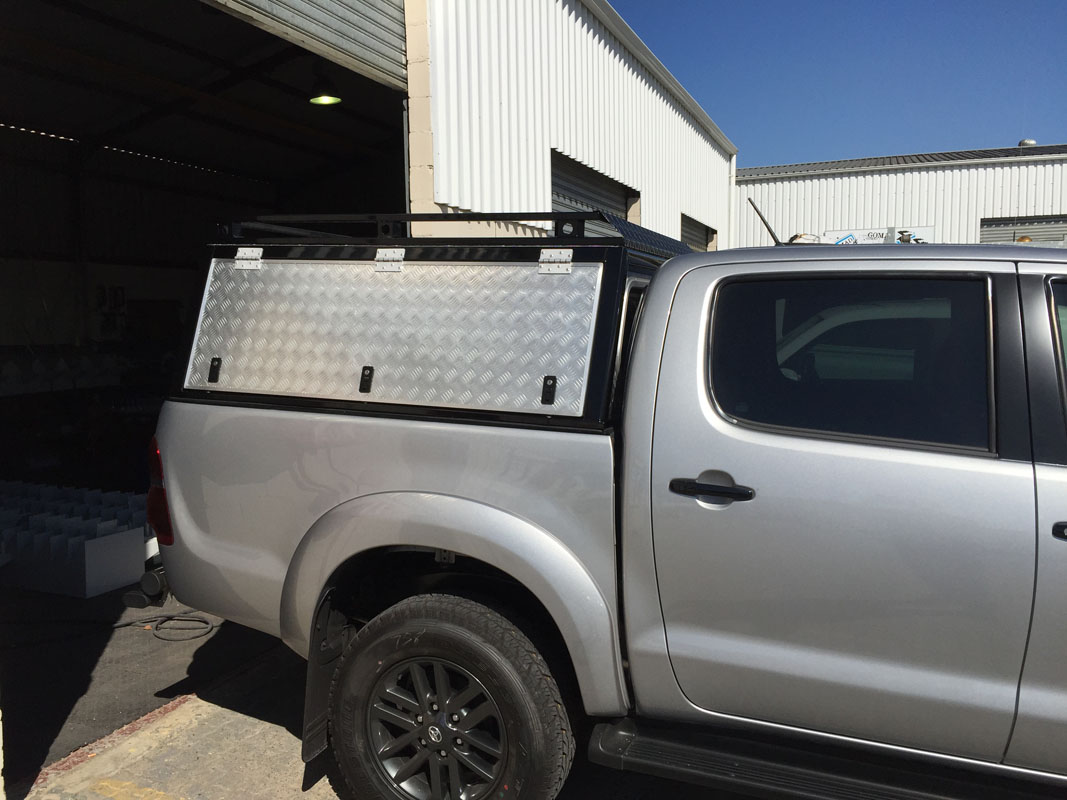 Toyota Hilux DC - Standard Canopy